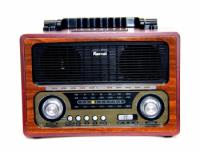 Радио приемник ретро