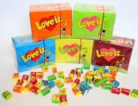 Жвачки LOVE IS 100шт