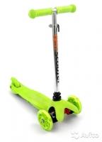 Самокат скутер 3-х колёсный (1 колесо сзади) колеса светятся с принтом, 30 кг